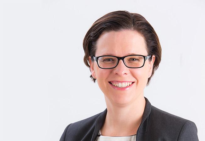 Dr Lauren Exelby